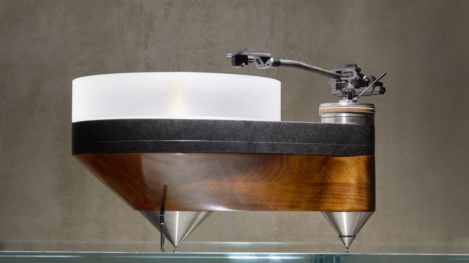 Snímek z připravované výstavy A 440 - Gramofony jako objekt.