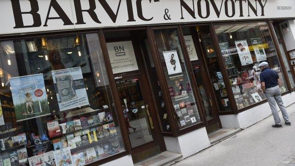 Na aktuálním snímku je nejstarší fungující brněnské knihkupectví Barvič a Novotný před rekonstrukcí.