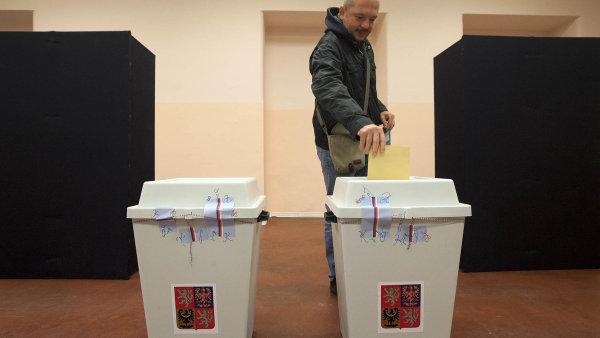ANO by podle průzkumu agentury Focus ve volbách do Poslanecké sněmovny získalo 26,5 % hlasů.