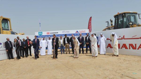 Německá firma postaví v Dubaji nový sklad využívající solární energii.