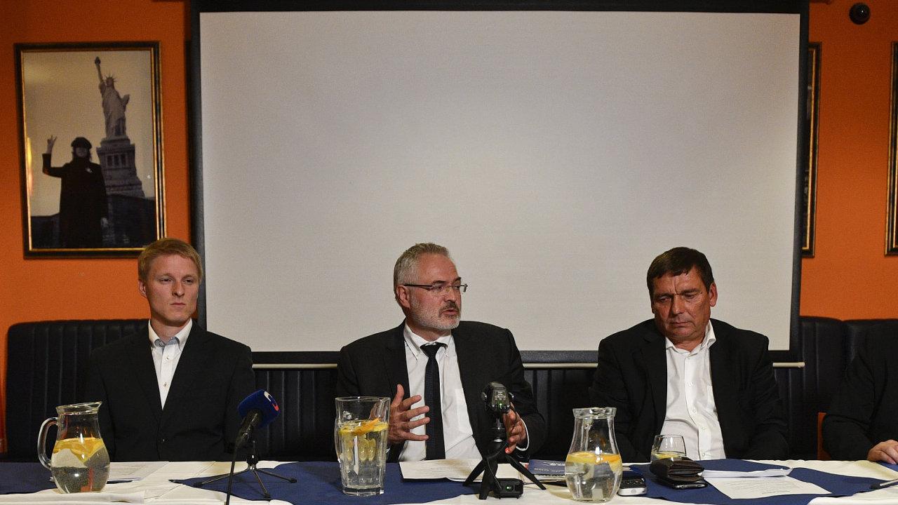 Lídři ODS, Kladeňáků, ANO a SPD zleva Tomáš Kutil (Kladeňáci), Dan Jiránek (ODS), Jiří Chvojka (ANO) a Oldřich Černý (SPD).
