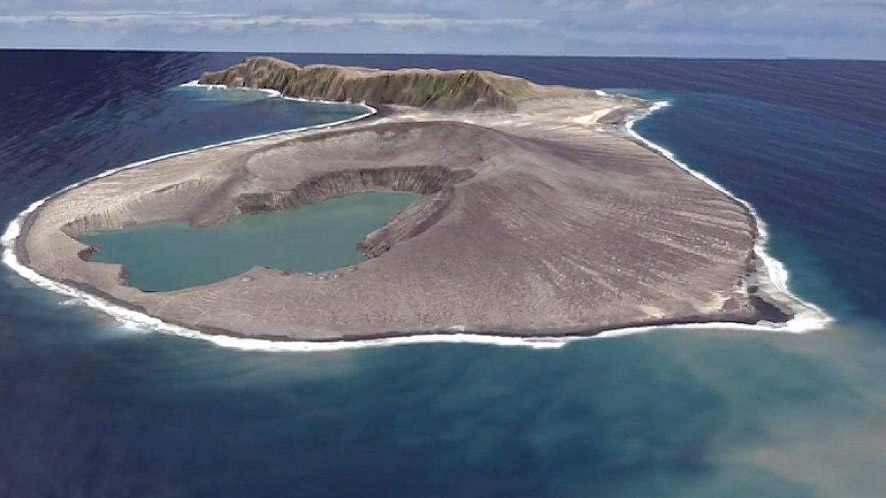 Video: Podívejte se, jak se zrodil nový ostrov po výbuchu sopky.