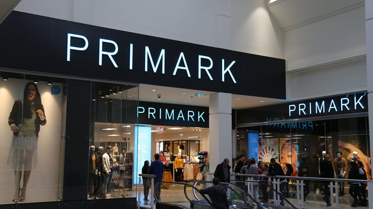 bccce35cacf9 Irský řetězec s oblečením Primark vstupuje do Česka. Otevře obchod v centru  Prahy
