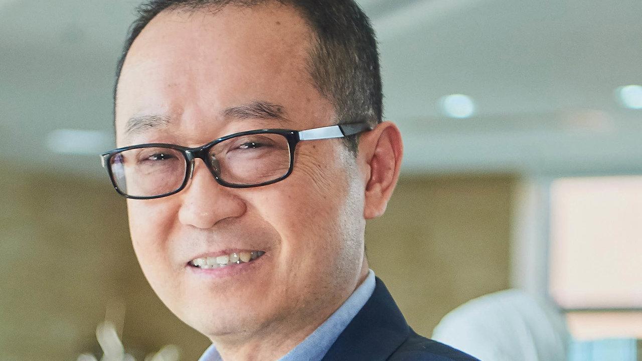 Čang Ťün, děkan Fakulty ekonomie Univerzity Fu-tan aředitel Čínského centra pro ekonomické studie, think-tanku se sídlem vŠanghaji