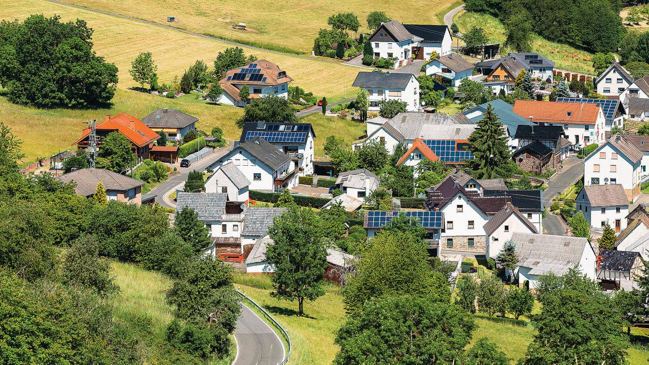 Průměrný byt v centru metropole je většinou dražší než rodinný domek v přilehlé vesnici nebo městečku.