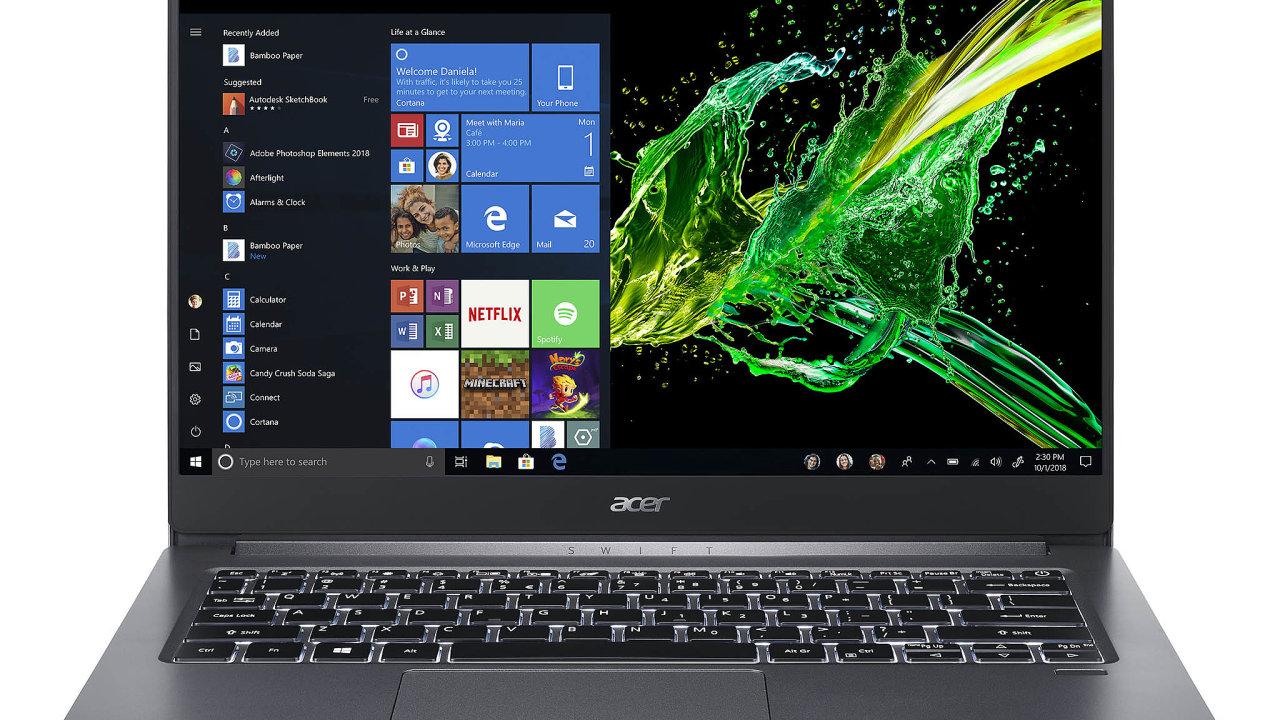 """Lehký ultrabook Acer Swift se 14"""" obrazovkou je vybavený posledními procesory Intel, které vznikají novým 10nm výrobním procesem anajedno nabití vydrží až10hodin kancelářské práce."""