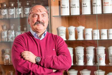 Nový majitel Pigi čaje. Zakladatel aspolumajitel společnosti Dr.Müller Pharma Vladimír Müller má sJemčou velké plány. Slibuje investice iexpanzi nazahraniční trhy.
