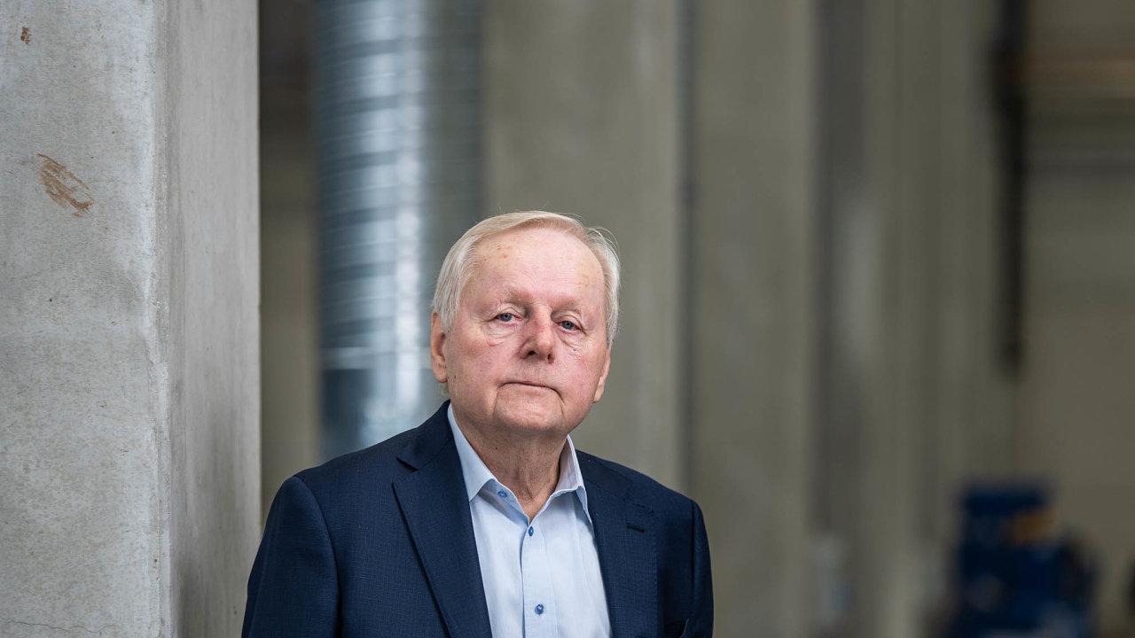Miroslav Jelínek starší. Vpodniku Strojmetal vestředočeské Kamenici strávil většinu života. Nyní ho definitivně prodal skupině MTX Group Petra Otavy.