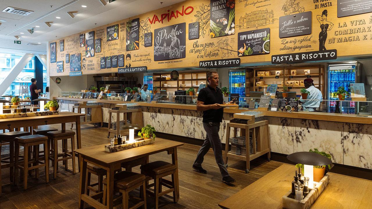 Třikrát vPraze. Restaurace Vapiano se vPraze nacházejí vobchodních centrech Quadrio (nasnímku), Myslbek aWestfield Chodov.