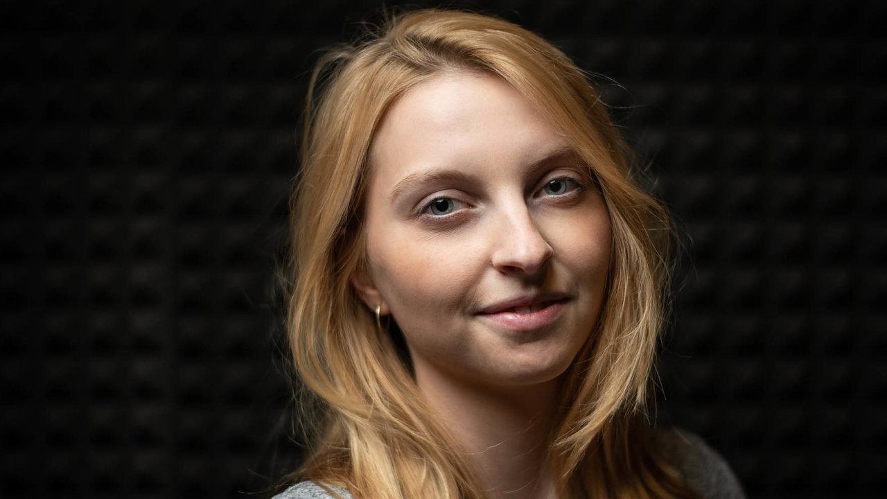 Vpodcastu HN Poprvé mluvila Linda Šejdová omenstruačních kalhotkách Snuggs a o práci ve startupu.