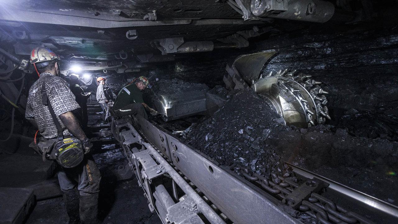 Důlní společnost OKD čeká postupný útlum těžby. O práci během několika příštích let přijdou tisíce lidí.