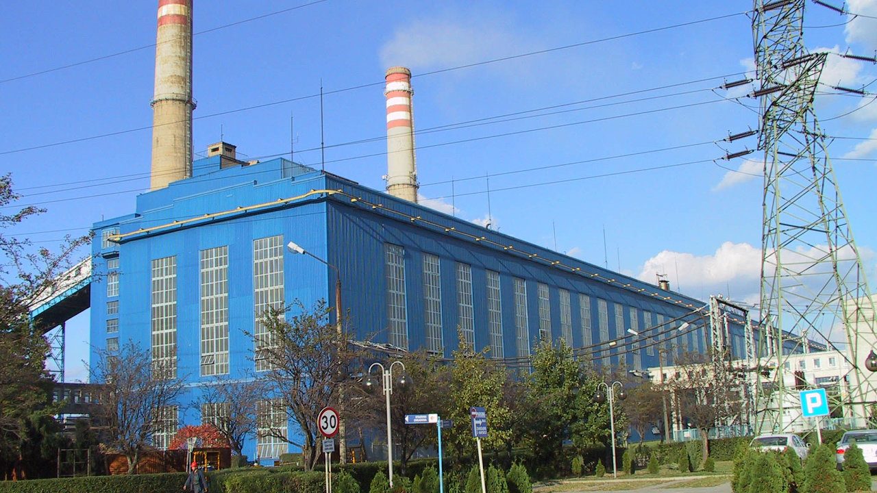 Skawina ovýkonu 330 megawattů.