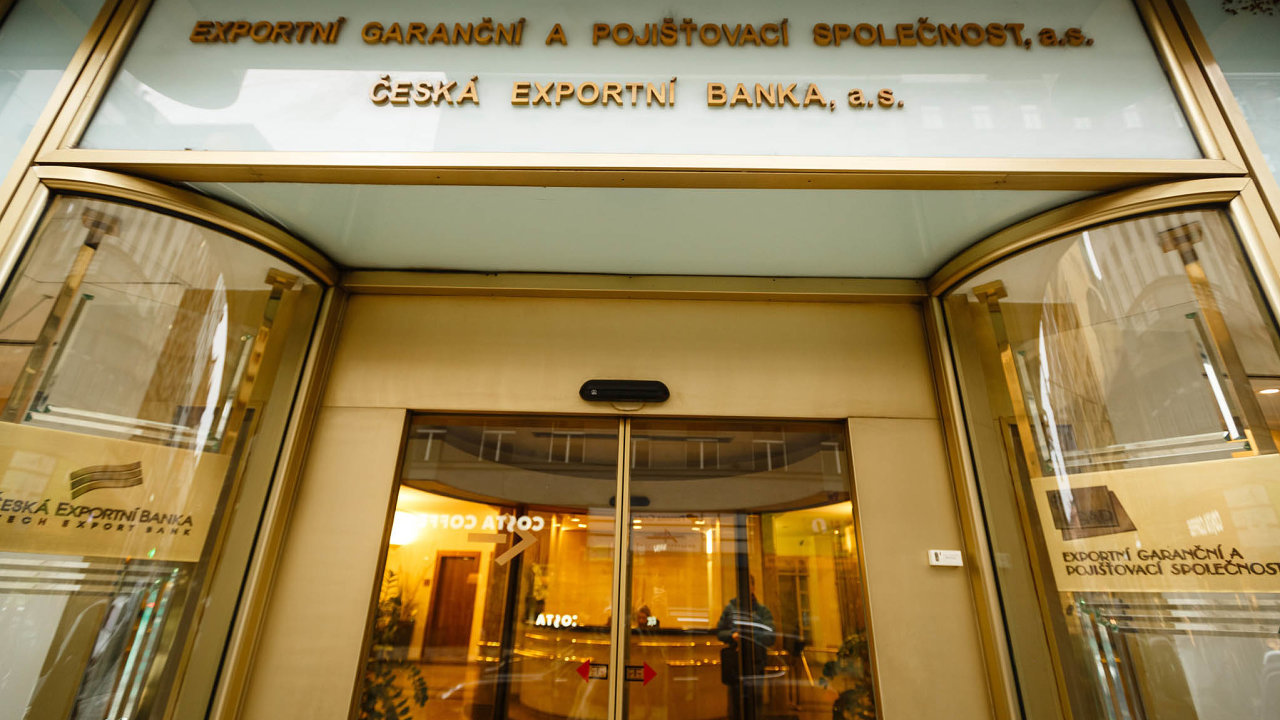 Vedle pojišťování exportních úvěrů začal EGAP v rámci vládní pomoci poskytovat firmám i garance na běžné úvěry.