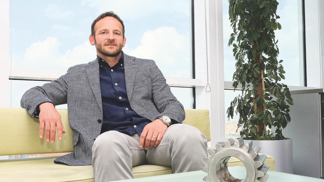 Frustrovaný zpolitiků: Ředitel Wikovu Antonín Růžička kritizuje vládu, že nedostatečně vysvětluje, jak bude bojovat spandemií.