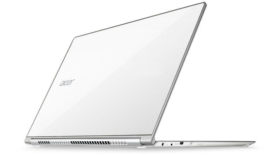 Acer Aspire S7 kombinuje perfektní design s dotykovým ovládáním