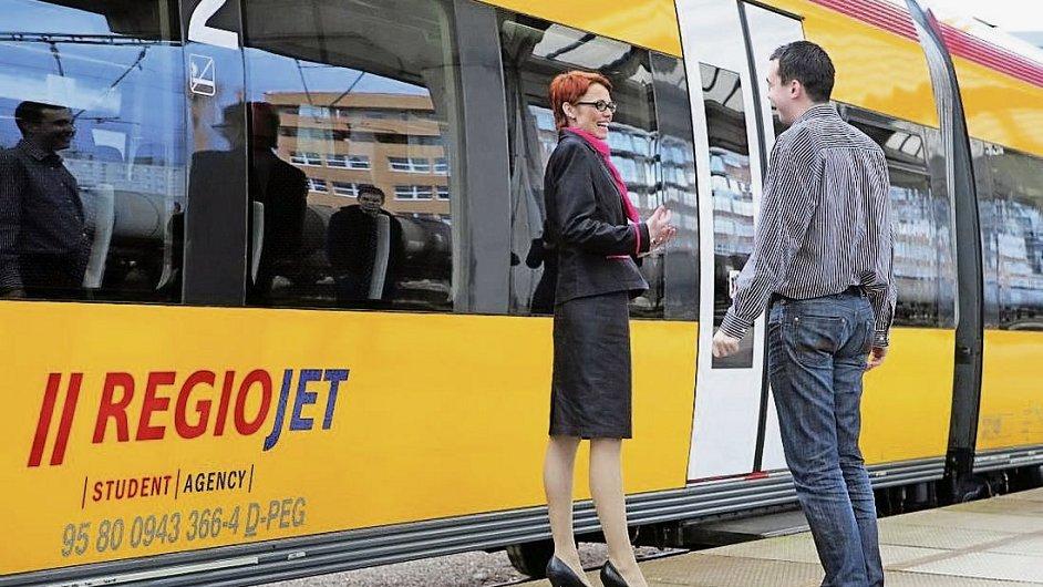 Vlaky RegioJetu loni přepravily o 46 procent více lidí než o rok dřív (ilustrační foto).