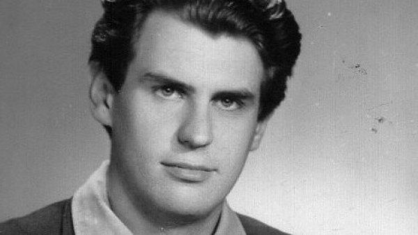 Mladý Miloš Zeman
