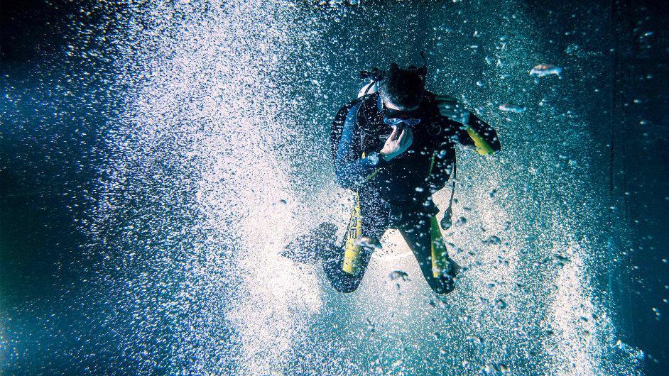 Rekordní počet potápěčů v liberecké potápěčské věži