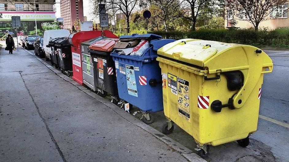 Kontejnery na tříděný odpad, ilustrační foto.