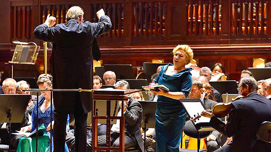 Snímek ze zahajovacího koncertu Symfonického orchestru hl. m. Prahy FOK
