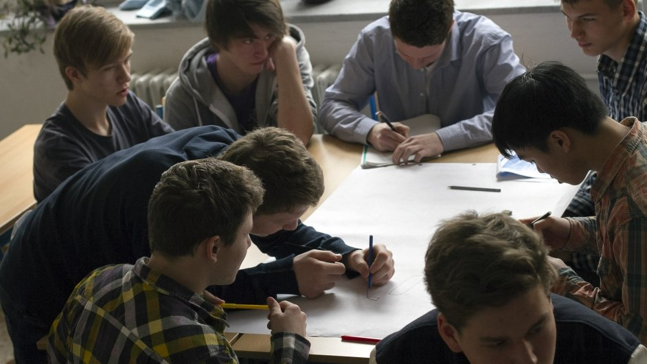Žákům při výběru profese pomůže kariérní poradce - Ilustrační foto.