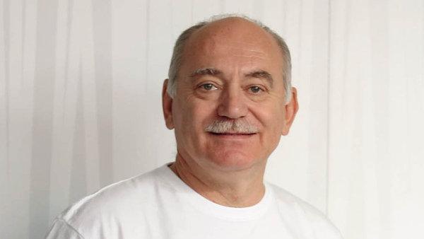 Patronaci nad programy z České republiky letos převzal zakladatel společnosti Linet Zbyněk Frolík.