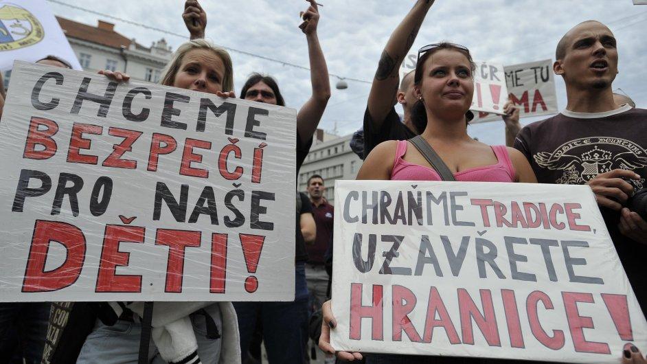 Protest proti migrantům uspořádali v Brně radikálové z Dělnické mládeže.