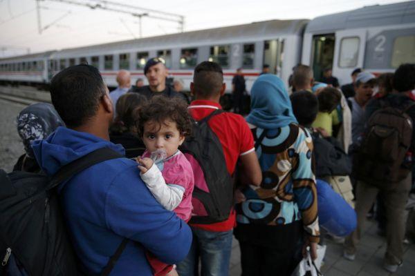 Uprchlíci na nádraží v chorvatském městě Tovarnik.
