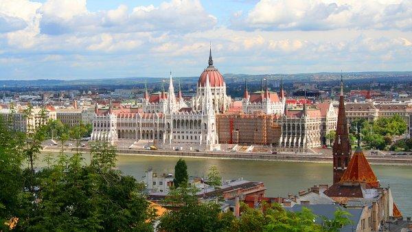Největší hodnotu měly zakázky v Maďarsku - Ilustrační foto.