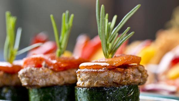 V nových kuchařkách najdete také exotické recepty. - Ilustrační foto