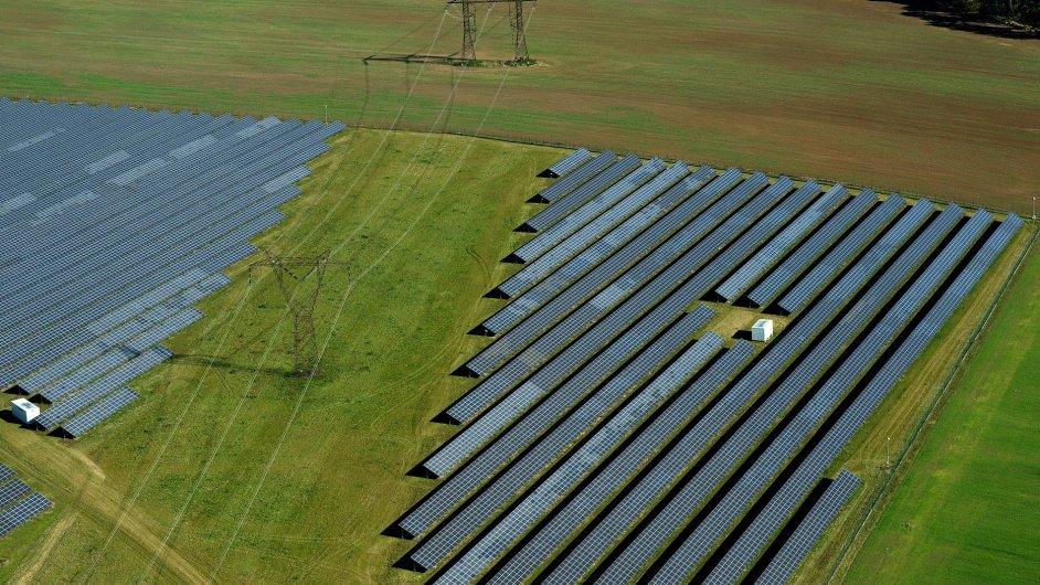Ševětín na Českobudějovicku je třetí největší fotovoltaickou elektrárnou v Česku.