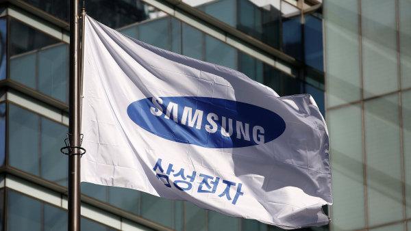 Provozní zisk Samsungu stoupl o více než polovinu na nový rekord