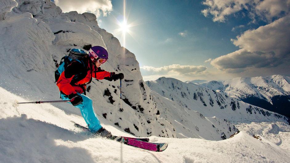 Na Slovensku je několik oblastí, kde lze legálně provozovat skialpinismus a freeride. Nejznámějšími jsou Chopok (Děreše), Západní Tatry (Chata pod Žiarom, Salatín) a Vrátna.