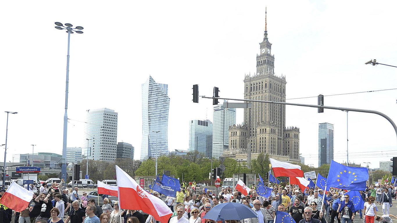 protivládní protest, varšava