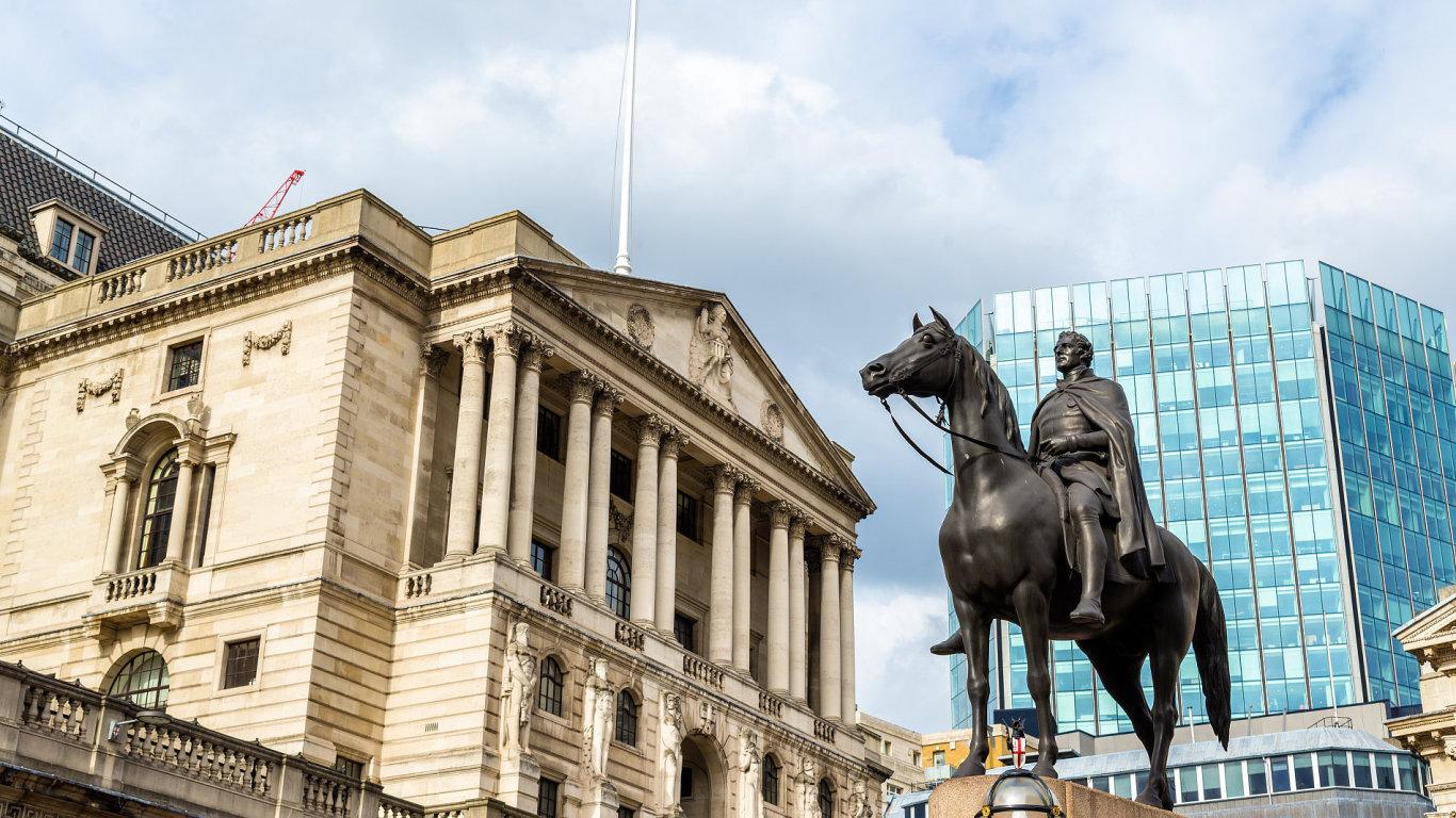 Budova Britské centrální banky v Londýně.