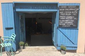 Zápisky protivného hosta: Na Letné otevřelo bistro se středomořskou kuchyní. Nabízí steaky i chobotnice
