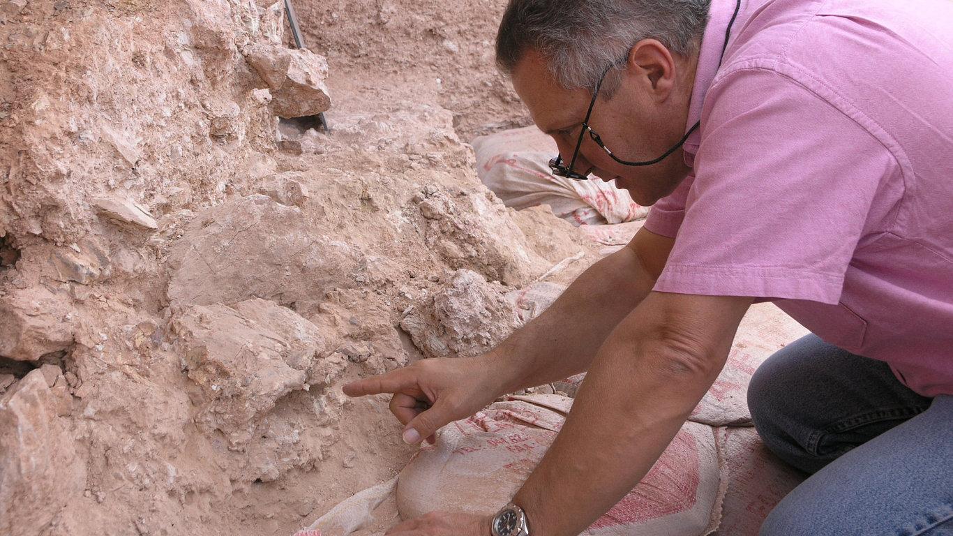 Kosti staré 300 000 let přepisují dějiny našeho druhu.