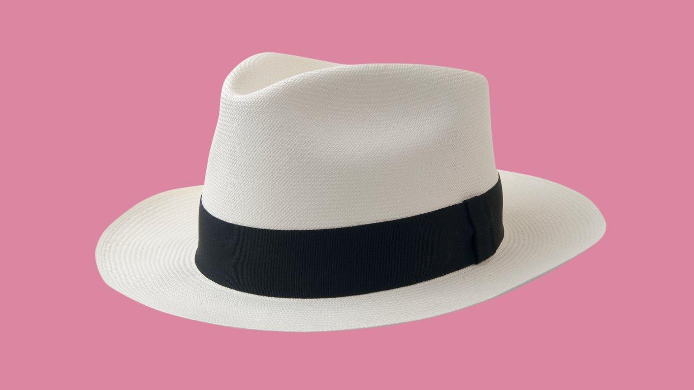Klasický klobouk typu panama. Tento je ručně pletený řemeslníky v Ekvádoru.