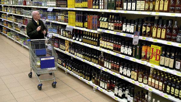 Evropská komise zkoumá závadnost rumového aroma. Lihovarníci chystají změnu receptu tuzemáku