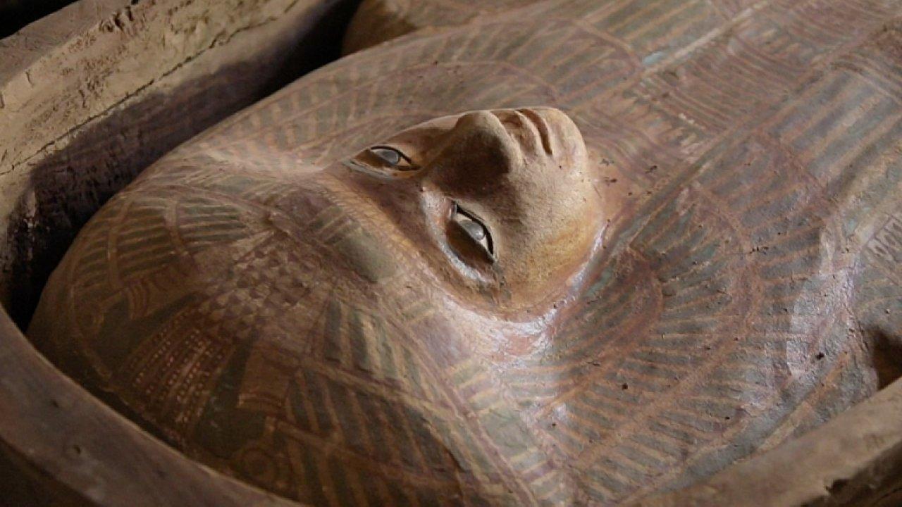 U slavných pyramid v Gíze objevili hrobku. Je v ní sarkofág stavitele jedné z nich.