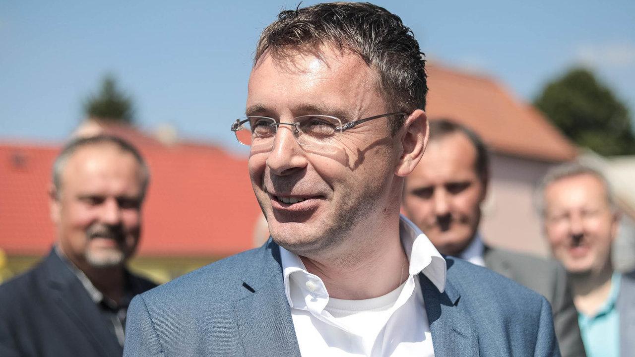 Ministr dopravy Vladimír Kremlík (zaANO) zatlačil naministra vnitra, aby přibylo hlídek nadálnicích.