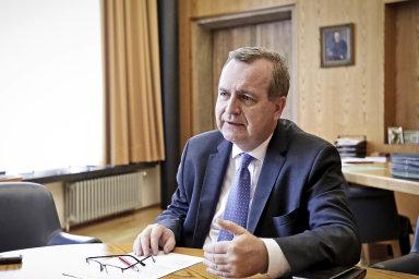 """Rektor UK Tomáš Zima neplánuje """"lustrovat"""" zaměstnance."""