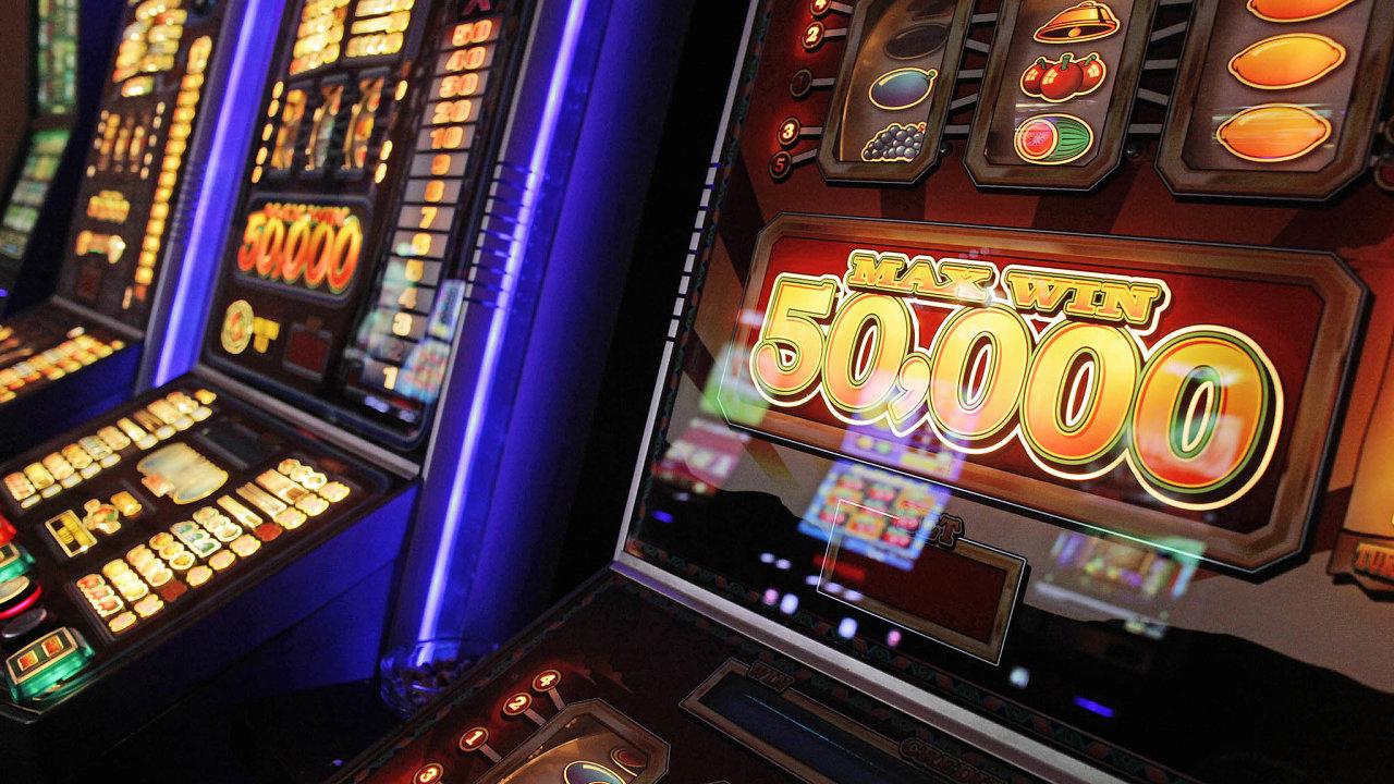 Základním principem nové vyhlášky je povolit živou hru vevybraných kasinech azároveň zakázat všechny takzvané technické hry, tedy hrací automaty ivideoloterijní terminály.