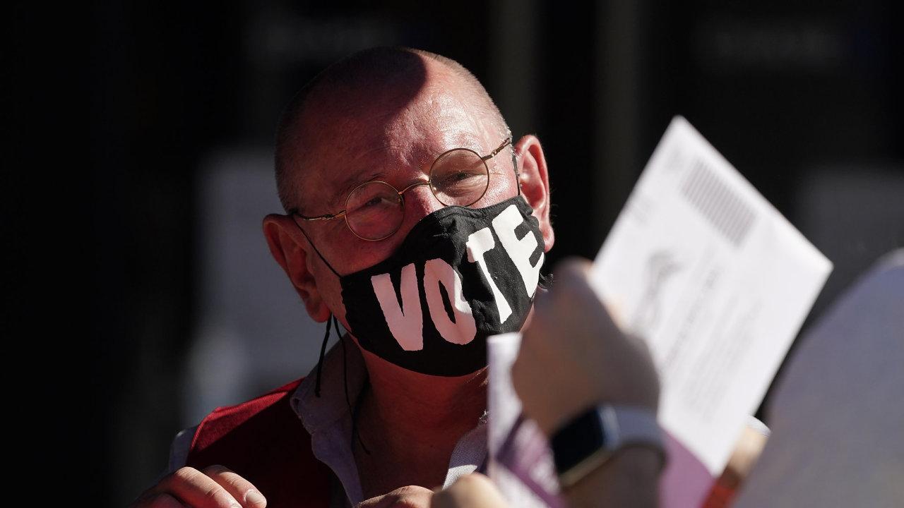 Ve Spojených státech už se naplno rozběhl poslední den hlasování v letošních prezidentských volbách - Ilustrační foto.