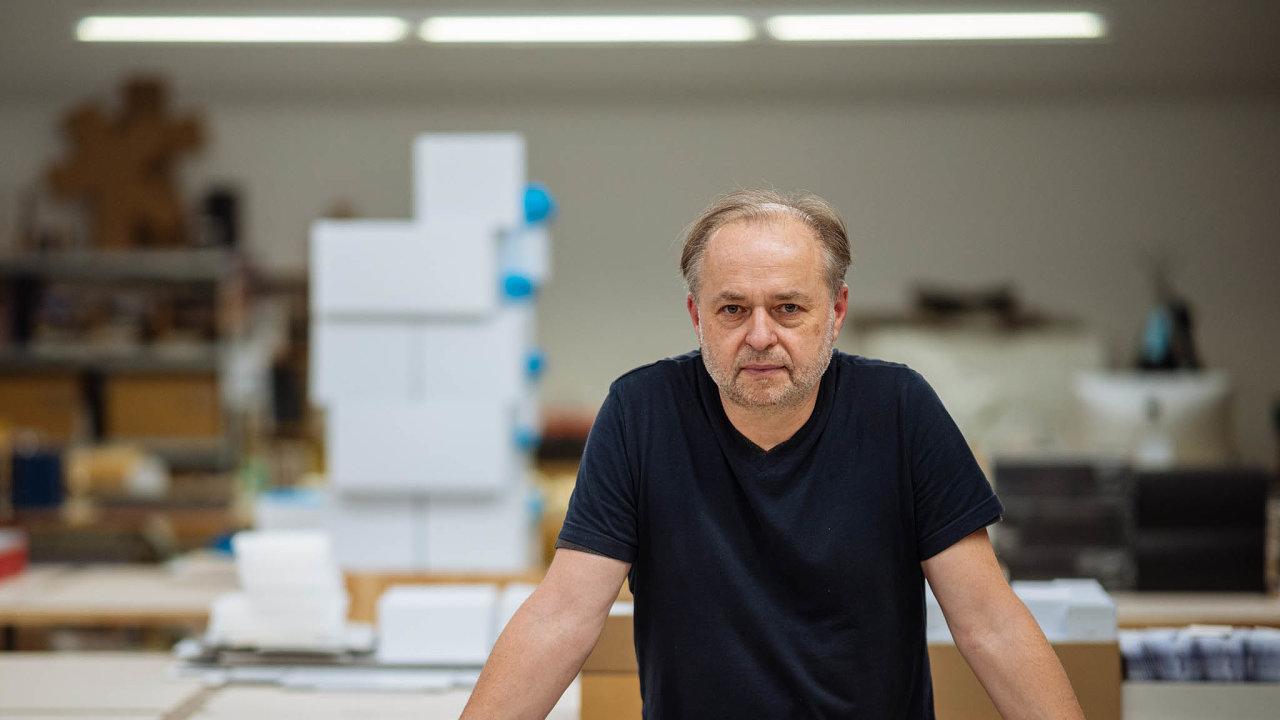 Jan Činčera, obalový designér a zakladatel Studia Činčera