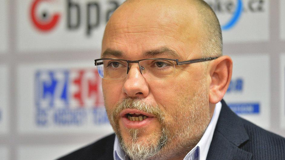 Trenér reprezentační dvacítky Miroslav Přerost