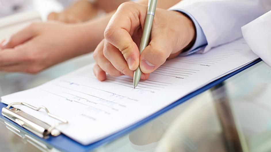 Žadatelé o dotaci mají často problém i se sestavením kvalitního podnikatelského záměru. Ilustrační foto