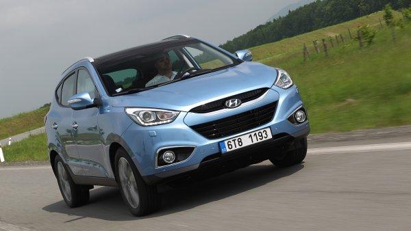 Nejlevn�j��m dob�e vybaven�m rodinn�m SUV je aktu�ln� Hyundai ix35. Yeti bere bronz