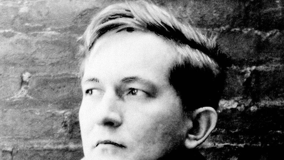 Na snímku z roku 1952 tehdy šestadvacetiletý William Styron
