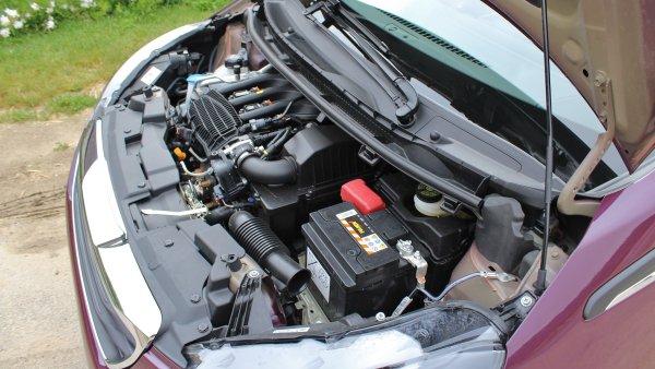 Nej�sporn�j�� auta si vysta�� se t�emi litry nafty a �ty�mi litry benzinu